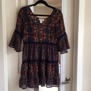 Band of Gypsies floral bell sleeve tunic